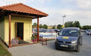 Parkování R7 u pražského letiště kontakt